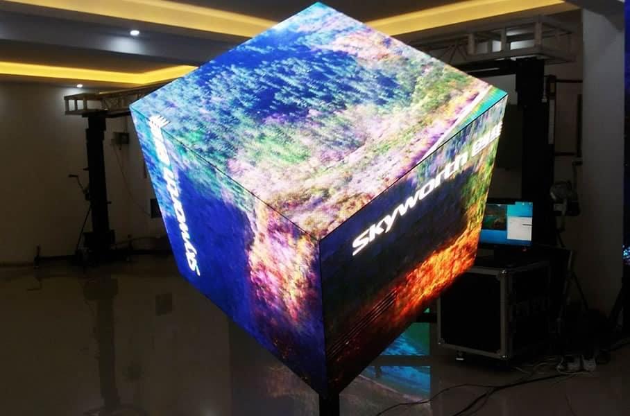 Pantalla-LED-Flexible-002